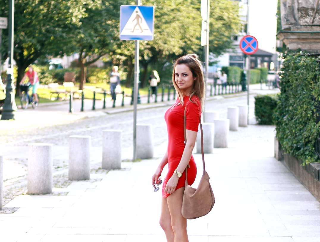 street style fashion red dress blonde happy girl tumblr ootd outfit lookbook look
