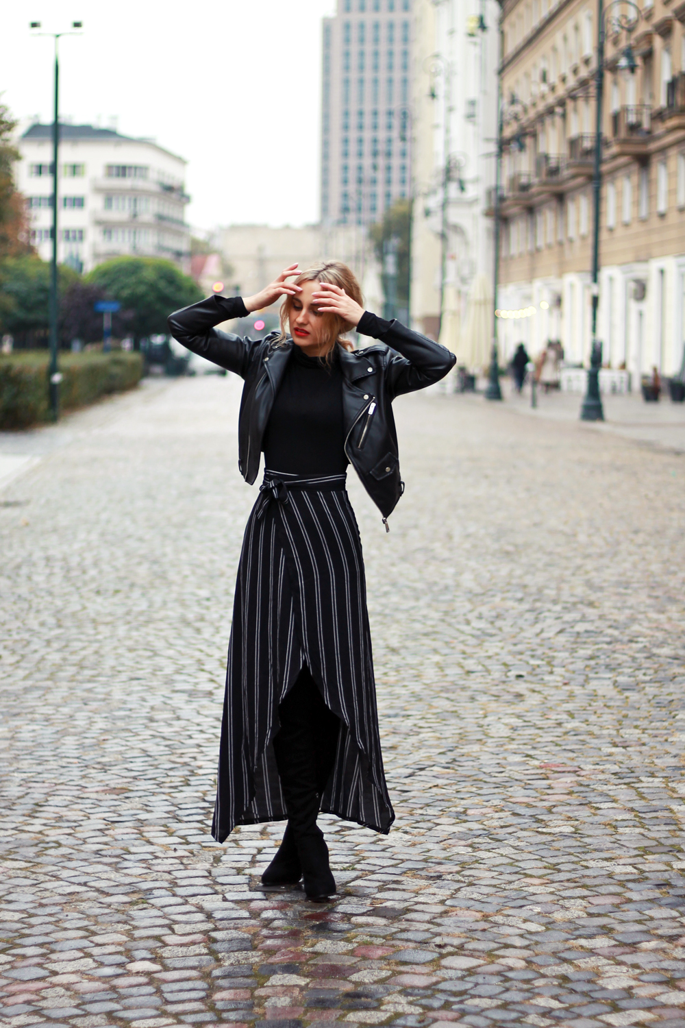 black-outfit-clothes-street-style-tumblr-girl-look-lookbook-fashion-ootd-what-to-wear-autumn-high-boots-zaful-midi-skirt