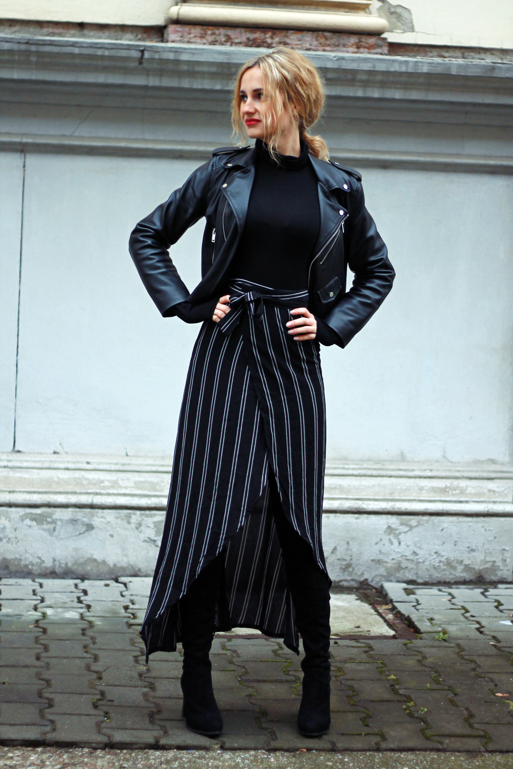 black-outfit-clothes-street-style-tumblr-girl-look-lookbook-fashion-ootd-what-to-wear-autumn-high-boots