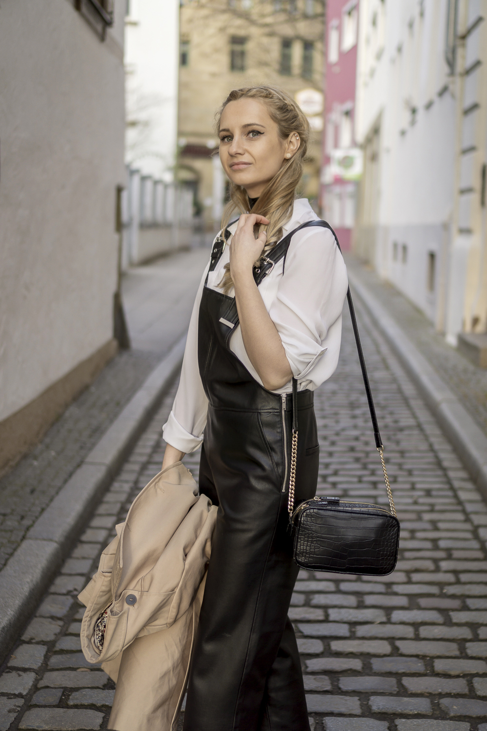 Mango black leather dungarees pants, white classic shirt, street style fashion OOTD