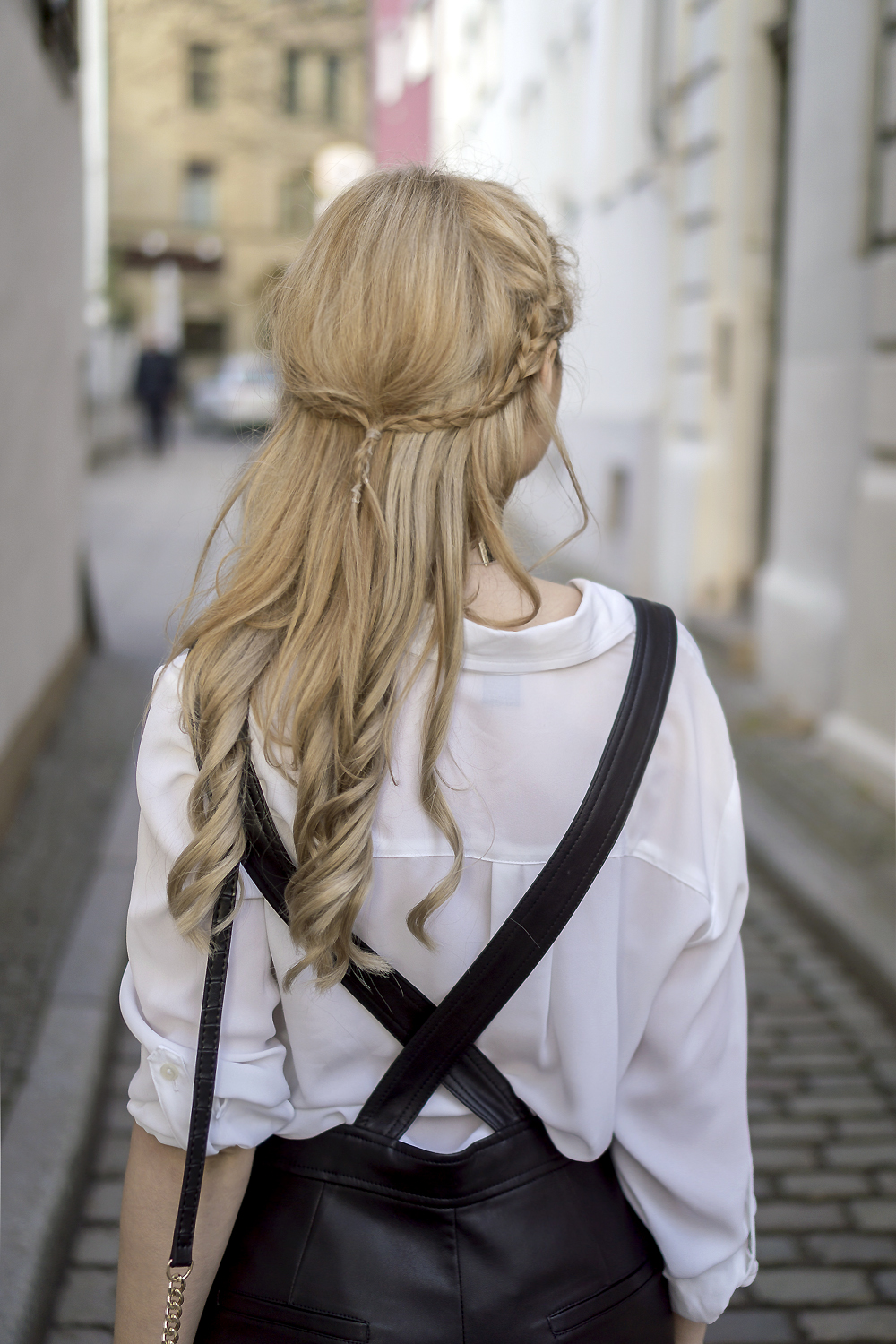 blonde curly long hair braids hairstyle